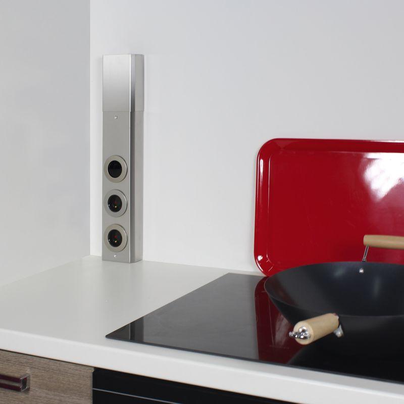 Bloc frontal de 2 prise et interrupteur pour la cuisine holt for Accessoires de cuisine en inox